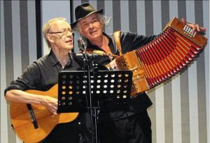 Achim Amme (links), Ulrich Kodjo Wendt (rechts)